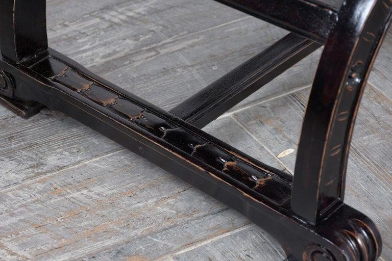 Set of Two Ebonized Savonarola Style Armchairs For Sale 4