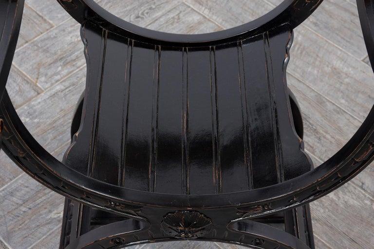 Set of Two Ebonized Savonarola Style Armchairs For Sale 1