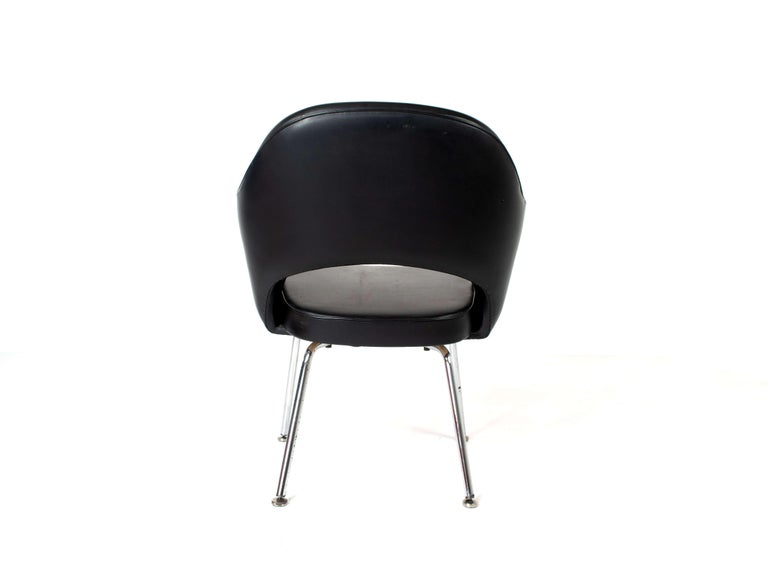 Set of Two Eero Saarinen Exectuvie Chairs with Armrests for Knoll De Coene For Sale 2