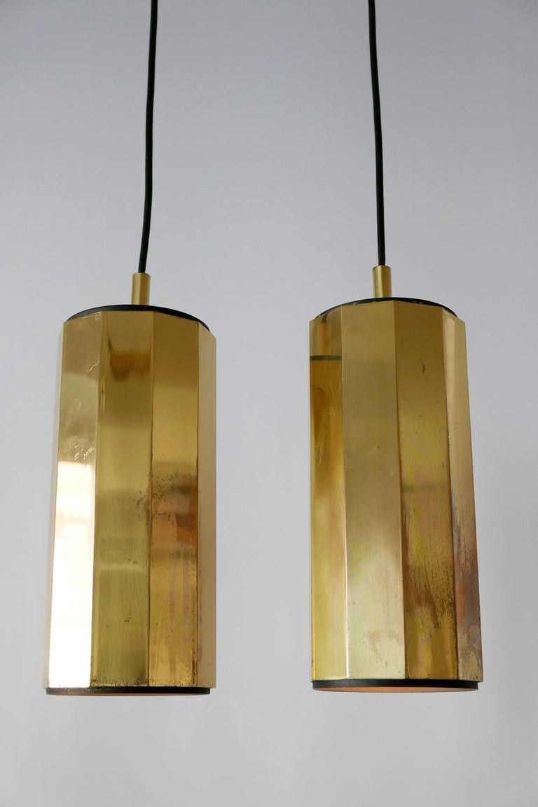 Set of Two Exceptional Mid-Century Modern Decagonal Brass Pendant Lamps, 1960s For Sale 4