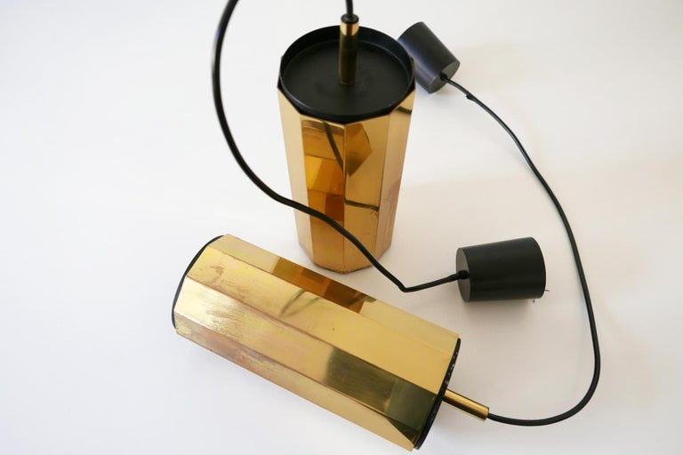 Set of Two Exceptional Mid-Century Modern Decagonal Brass Pendant Lamps, 1960s For Sale 8