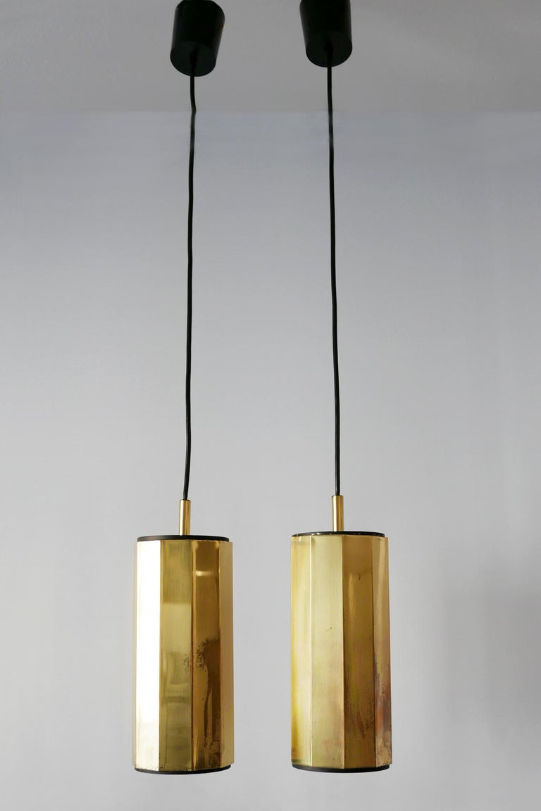Mid-20th Century Set of Two Exceptional Mid-Century Modern Decagonal Brass Pendant Lamps, 1960s For Sale