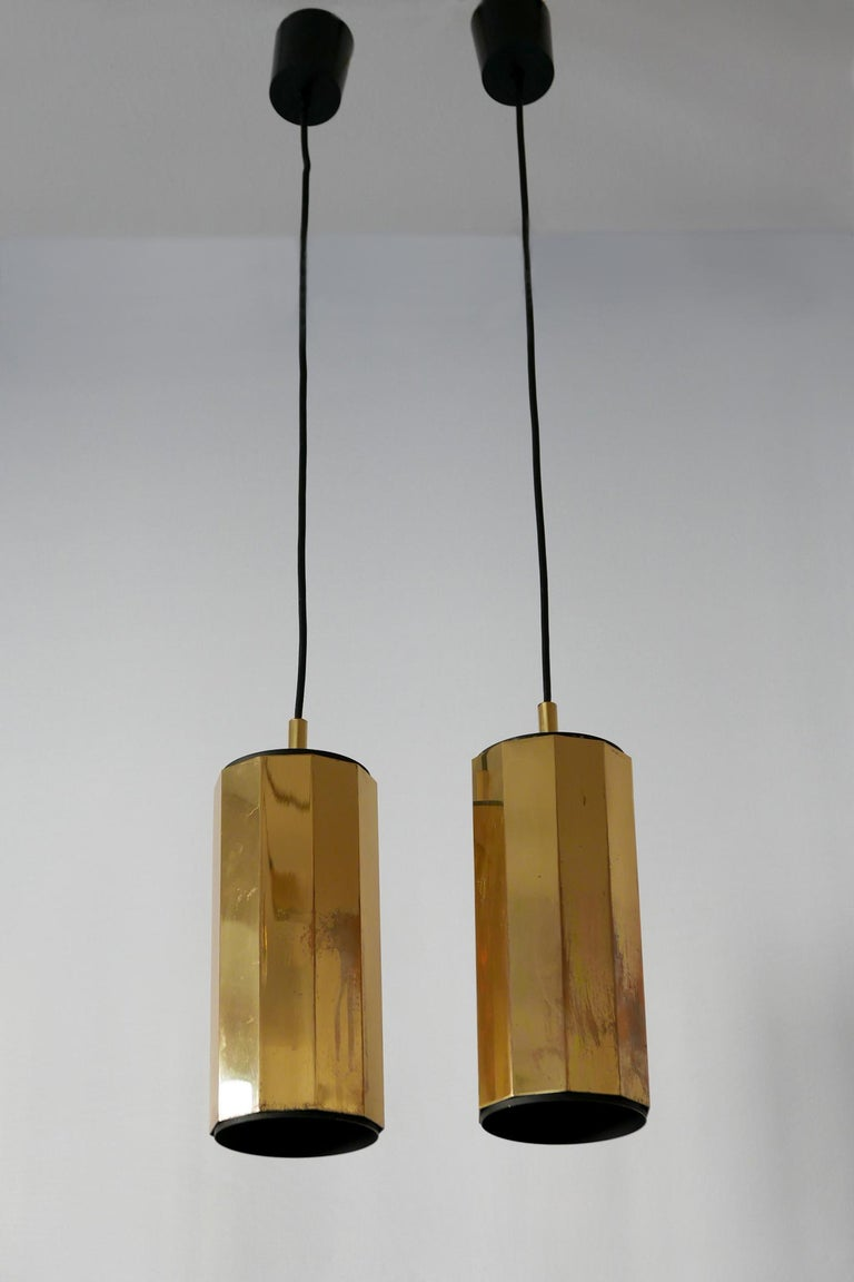 Set of Two Exceptional Mid-Century Modern Decagonal Brass Pendant Lamps, 1960s For Sale 1