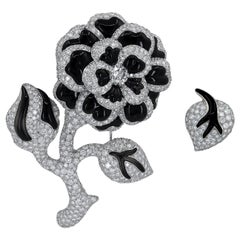 Chanel Set of Two Flower Diamond and Onyx 18 Karat White Gold Brooches