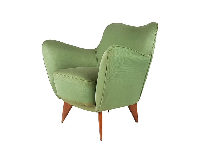 Set of Two Green Fabric and Wood 1950s Perla Armchairs with Sofa by G. Veronesi For Sale 5
