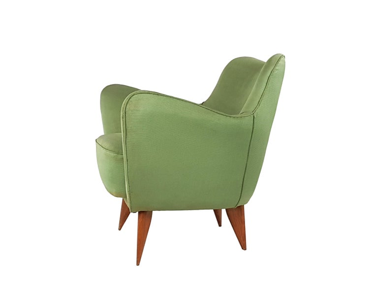 Set of Two Green Fabric and Wood 1950s Perla Armchairs with Sofa by G. Veronesi For Sale 7