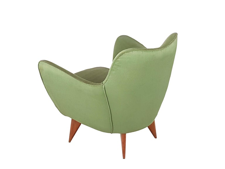 Set of Two Green Fabric and Wood 1950s Perla Armchairs with Sofa by G. Veronesi For Sale 10