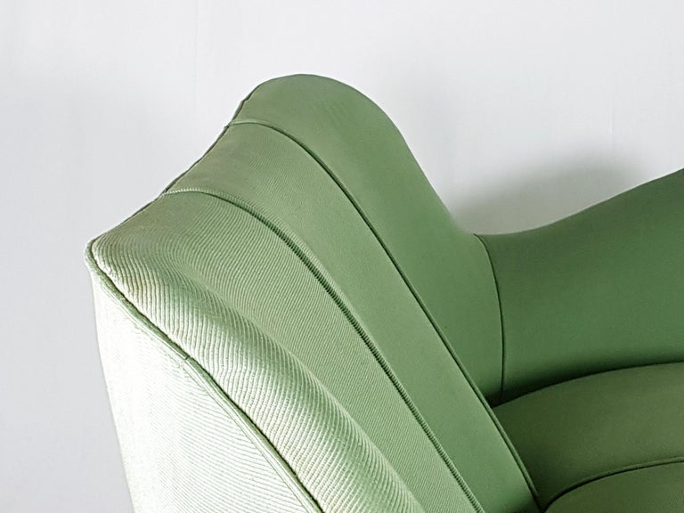 Mid-20th Century Set of Two Green Fabric and Wood 1950s Perla Armchairs with Sofa by G. Veronesi For Sale