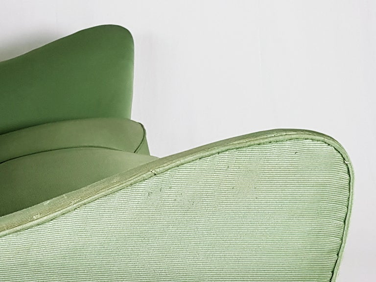 Set of Two Green Fabric and Wood 1950s Perla Armchairs with Sofa by G. Veronesi For Sale 1