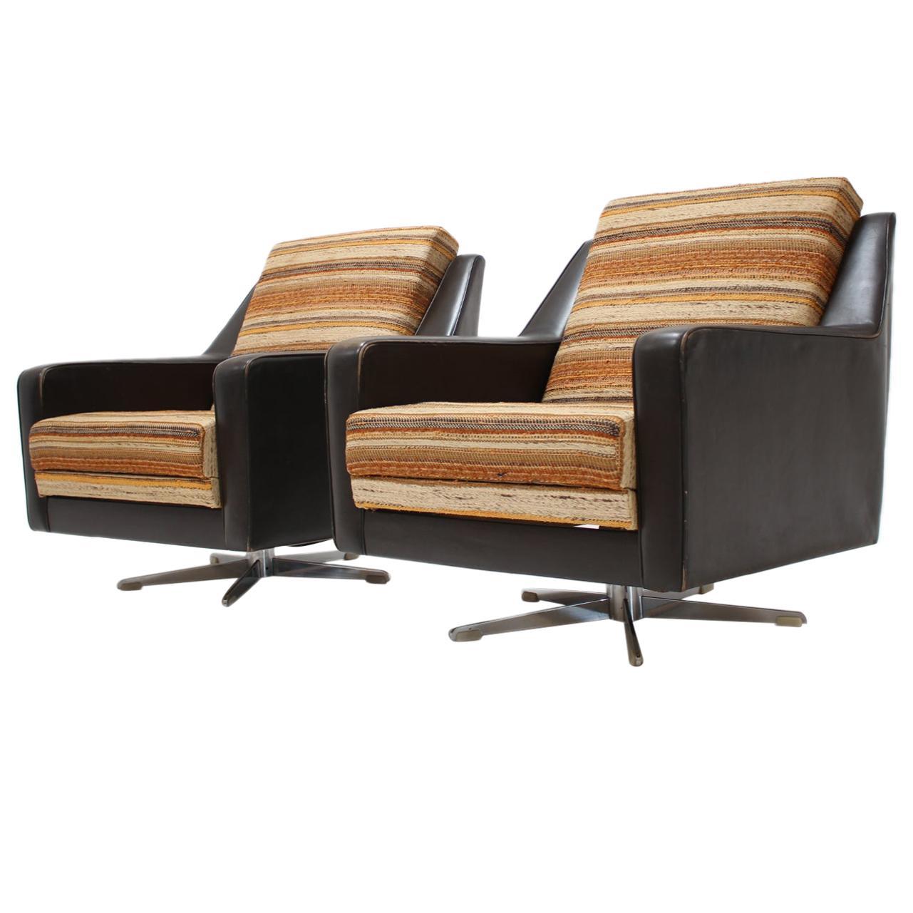 Set of Two Italian Swivel Chairs, 1970s