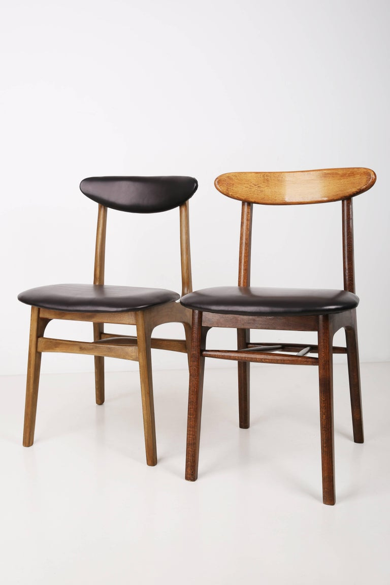 Set of Two Leather 20th Century Black Chairs, 1960s In Excellent Condition For Sale In 05-080 Hornowek, PL