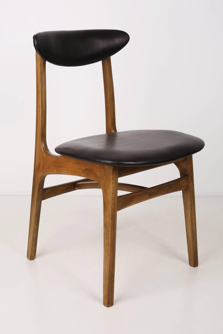 Set of Two Leather 20th Century Black Chairs, 1960s For Sale 1