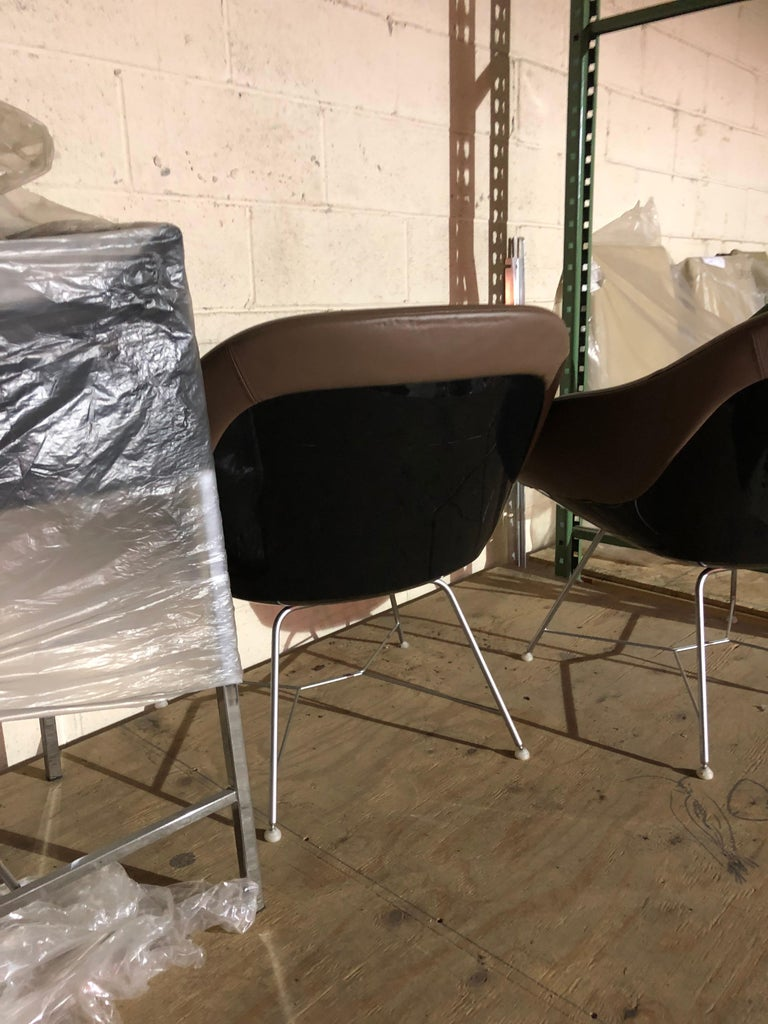 Set of two Walter Knoll Leather Turtle Lounge Chairs For Sale 5