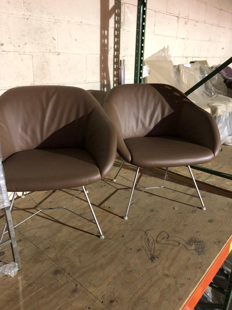 Set of two Walter Knoll Leather Turtle Lounge Chairs For Sale 1
