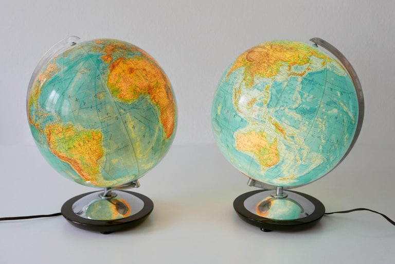 Set of Two Midcentury Columbus Duo Earth Globes or Side Table Lamps, 1960s For Sale 2