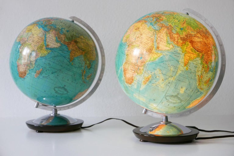 Polished Set of Two Midcentury Columbus Duo Earth Globes or Side Table Lamps, 1960s For Sale
