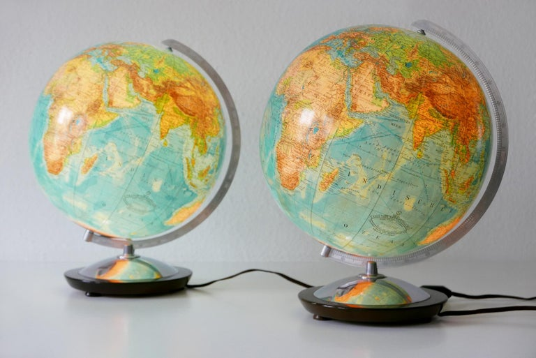 Mid-20th Century Set of Two Midcentury Columbus Duo Earth Globes or Side Table Lamps, 1960s For Sale