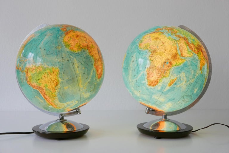 Set of Two Midcentury Columbus Duo Earth Globes or Side Table Lamps, 1960s For Sale 1