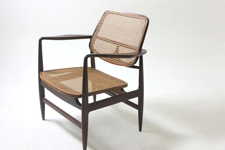 Set of Two Mid-Century Modern Oscar Armchairs by Sergio Rodrigues, Brazil, 1956 For Sale 1