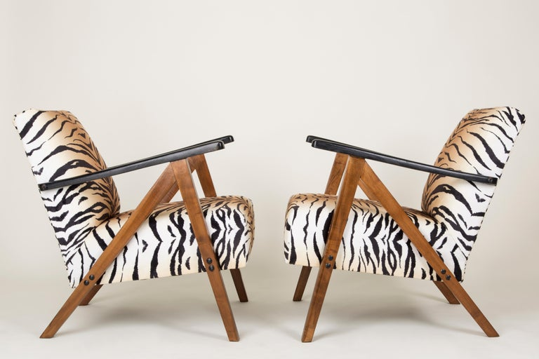 Polish Set of Two Mid-Century Modern Tiger Print Armchairs, 1960s, Germany For Sale