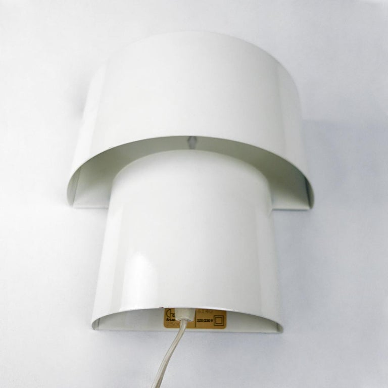 Dutch Set of Two Mid-Century Modern White Steel Sconces in RAAK Amsterdam Style For Sale