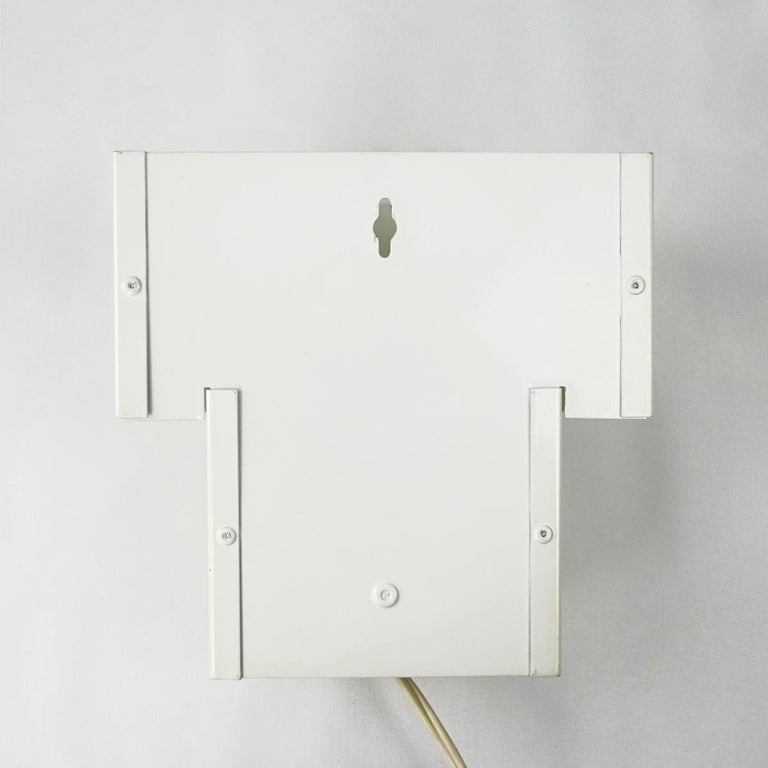 Set of Two Mid-Century Modern White Steel Sconces in RAAK Amsterdam Style For Sale 1