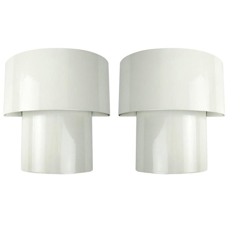 Set of Two Mid-Century Modern White Steel Sconces in RAAK Amsterdam Style For Sale