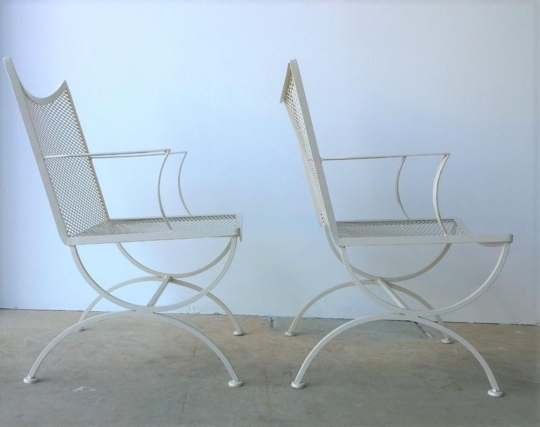 Set of 2 Bob Anderson Refinished Wrought Iron Patio Armchairs in Almond White For Sale 4