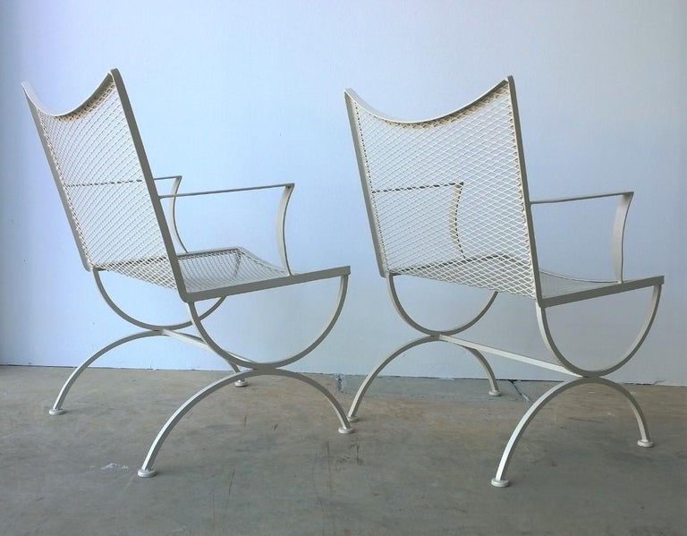 Set of 2 Bob Anderson Refinished Wrought Iron Patio Armchairs in Almond White For Sale 3