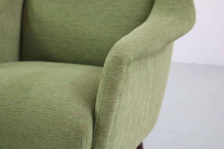 Set of Two Midcentury Green Model 802 Armchairs by Carlo de Carli for Cassina For Sale 7