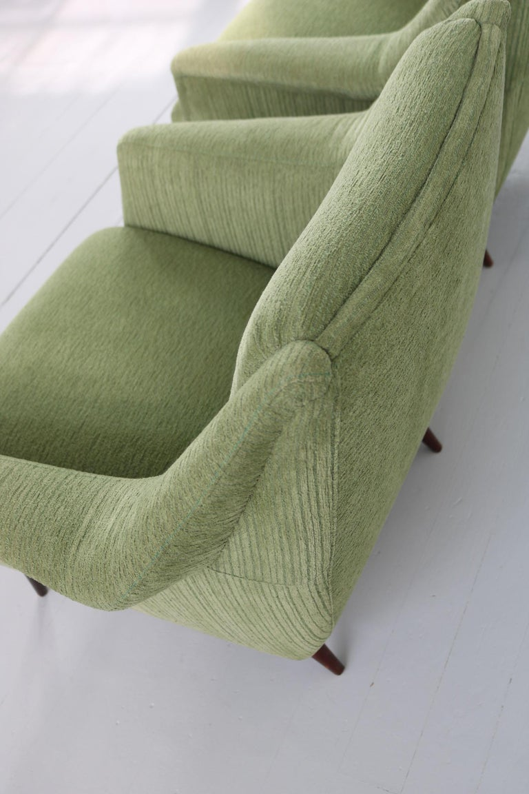 Set of Two Midcentury Green Model 802 Armchairs by Carlo de Carli for Cassina For Sale 11