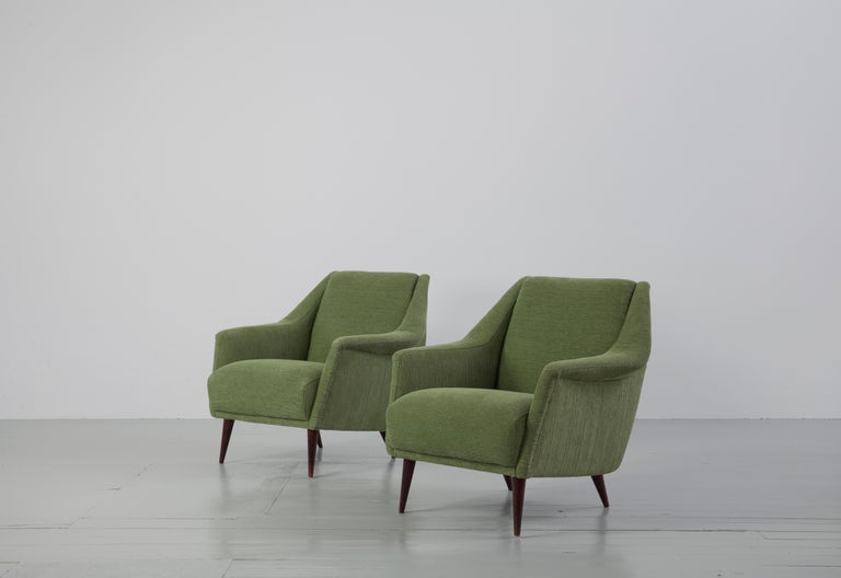 Mid-Century Modern Set of Two Midcentury Green Model 802 Armchairs by Carlo de Carli for Cassina For Sale