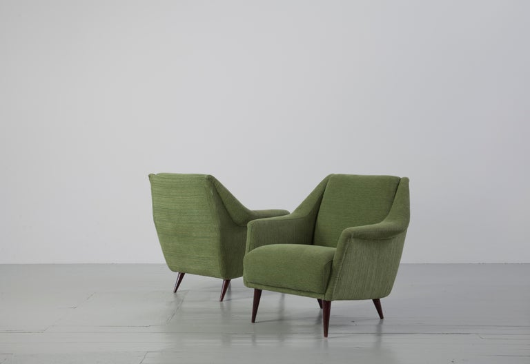 European Set of Two Midcentury Green Model 802 Armchairs by Carlo de Carli for Cassina For Sale