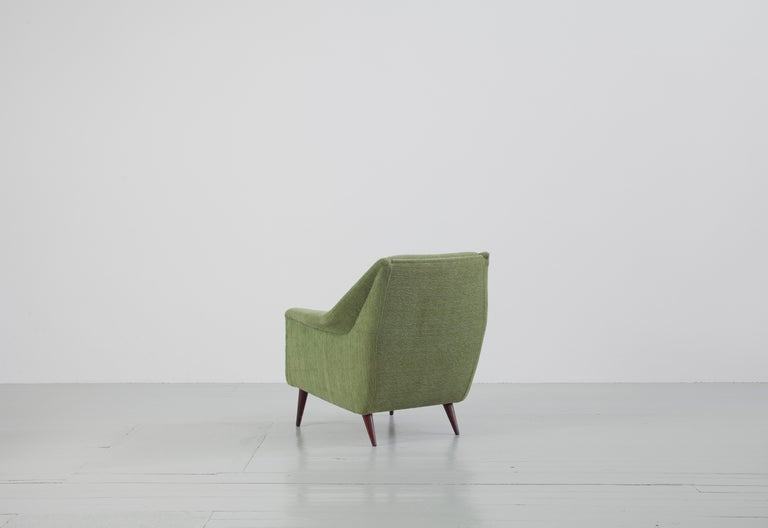 Set of Two Midcentury Green Model 802 Armchairs by Carlo de Carli for Cassina For Sale 2