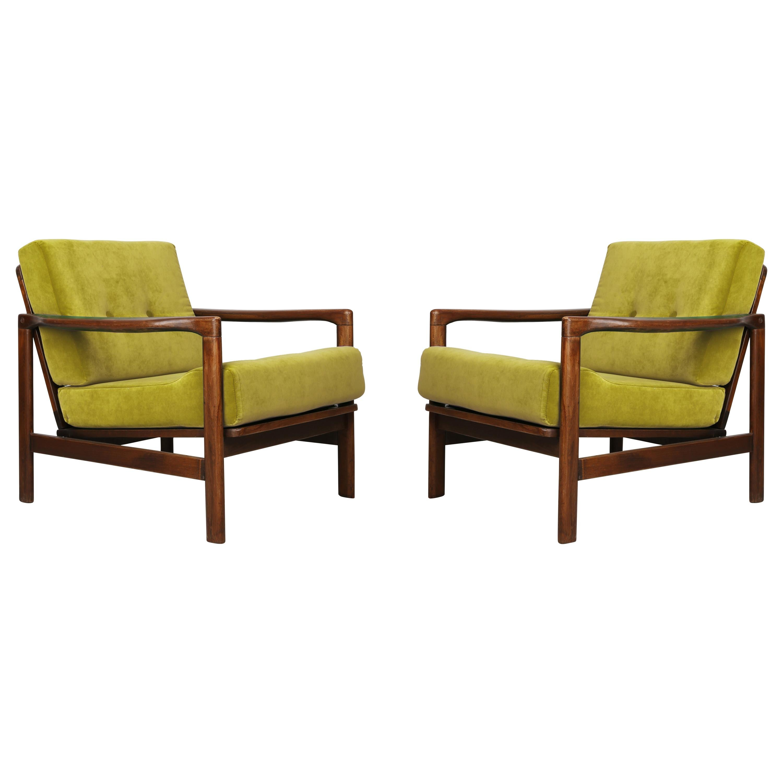 Set of Two Midcentury Lemon Velvet Armchairs, Zenon Baczyk, 1960s