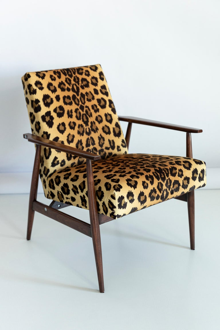 Mid-Century Modern Set of Two Midcentury Leopard Print Velvet Dante Armchairs, H. Lis, 1960s For Sale