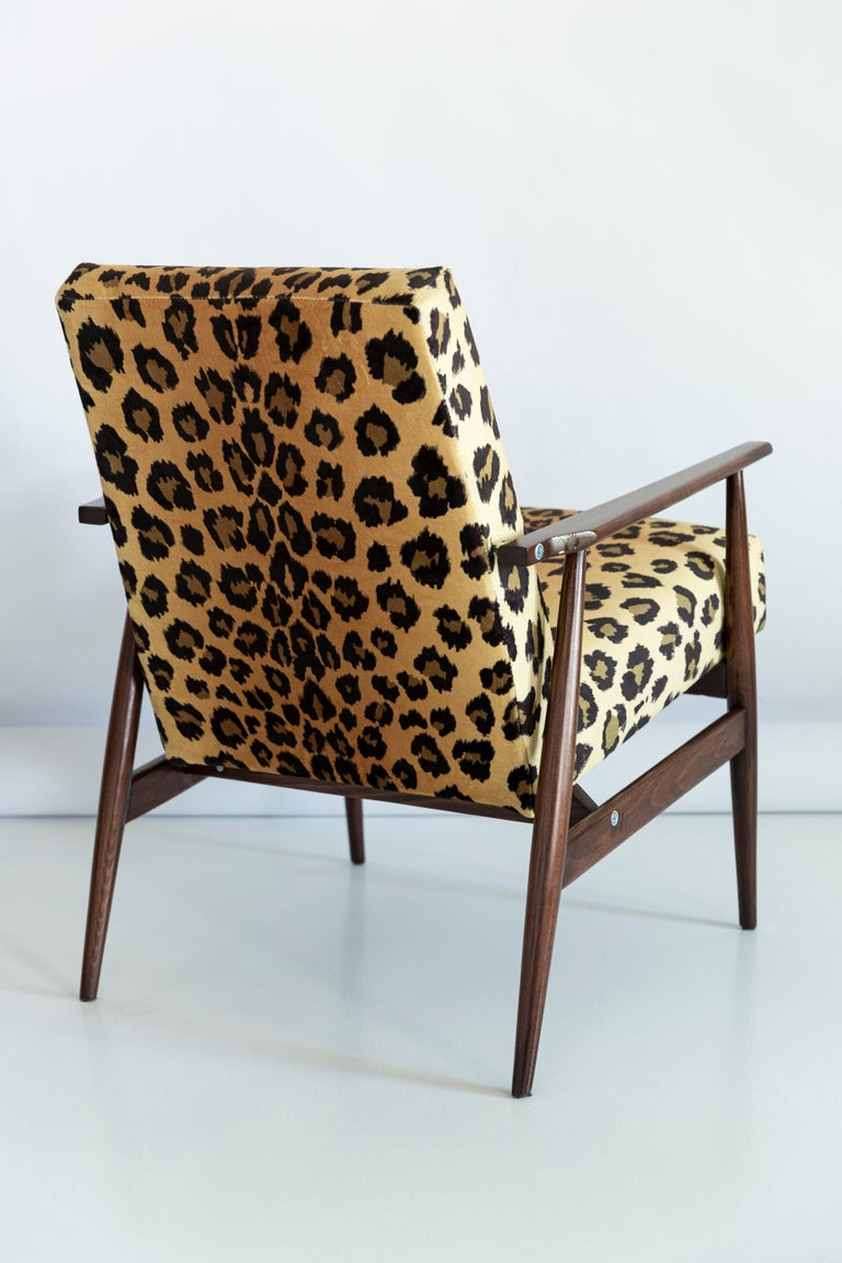 20th Century Set of Two Midcentury Leopard Print Velvet Dante Armchairs, H. Lis, 1960s For Sale