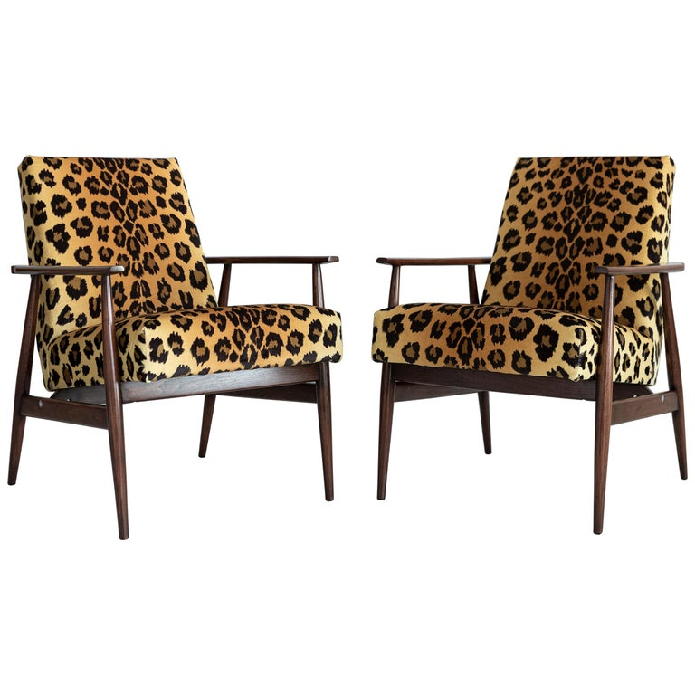Set of Two Midcentury Leopard Print Velvet Dante Armchairs, H. Lis, 1960s For Sale