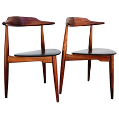 """Set of Two Model Chairs """"Heart FH-4103"""" Designed by Hans J. Wegner, 1950s"""