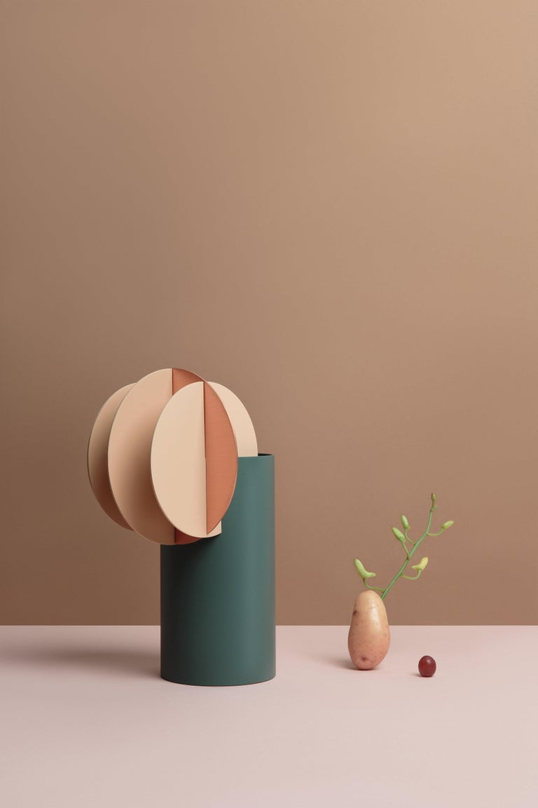 Set of Two Modern Vase Delaunay & Gabo CS10 by Noom in Copper and Steel For Sale 1