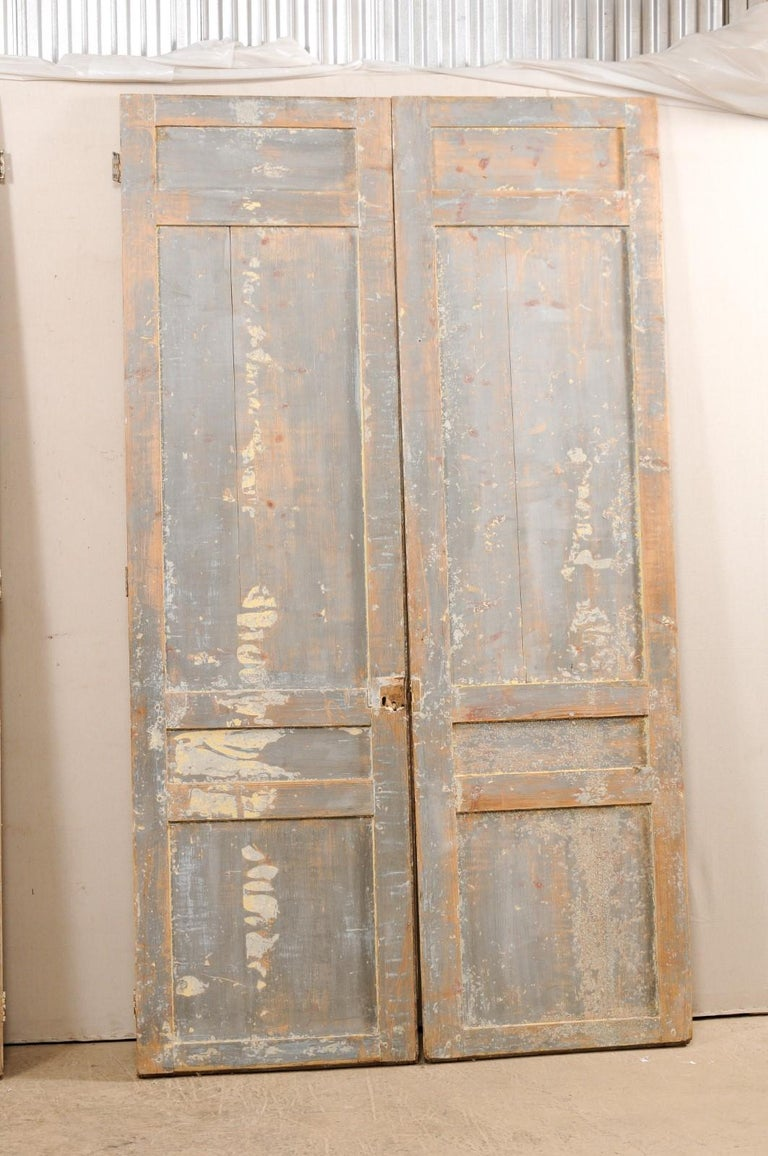 Set of Two Pairs of 19th Century Painted Wood French Doors For Sale 5