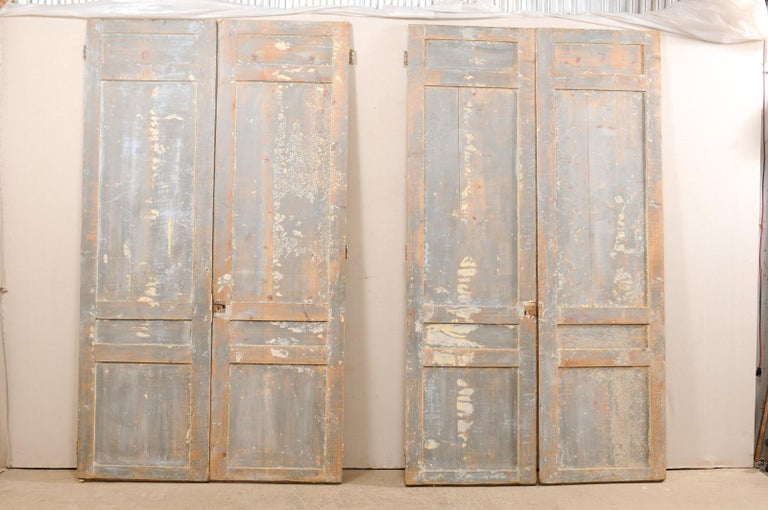 Set of Two Pairs of 19th Century Painted Wood French Doors For Sale 3