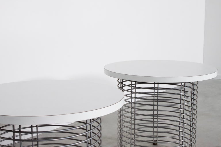Set of Two 'Pantonova' Wire Tables by Verner Panton for Fritz Hansen, 1971 In Good Condition For Sale In Echt, NL