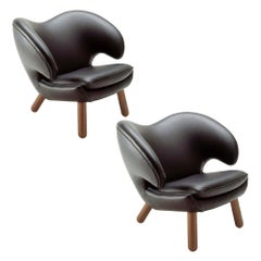 Set of Two Pelican Chairs in Leather and Wood by Finn Juhl