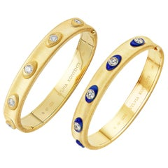 "Set of Two ""Q"" Bracelet, 18 Karat Yellow Gold and Diamond, QZ9-QZE9"