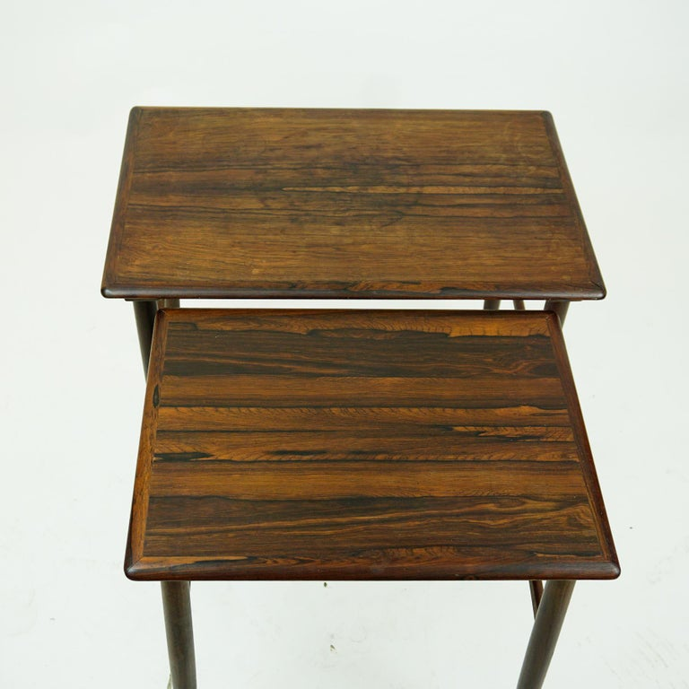 Danish Set of Two Scandinavian Modern Rosewood Nesting Tables by Poul Hundevad For Sale