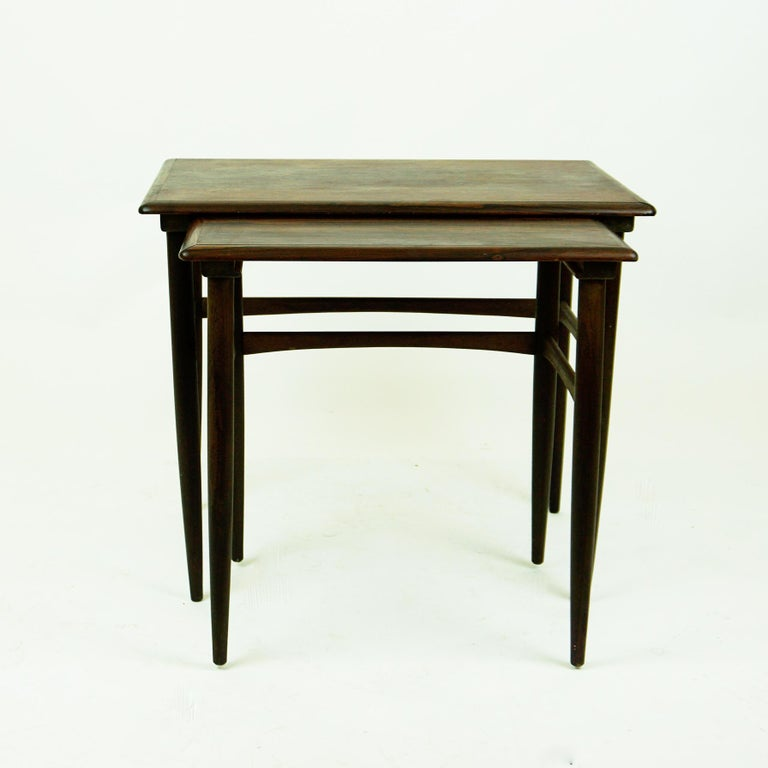 Set of Two Scandinavian Modern Rosewood Nesting Tables by Poul Hundevad In Good Condition For Sale In Vienna, AT