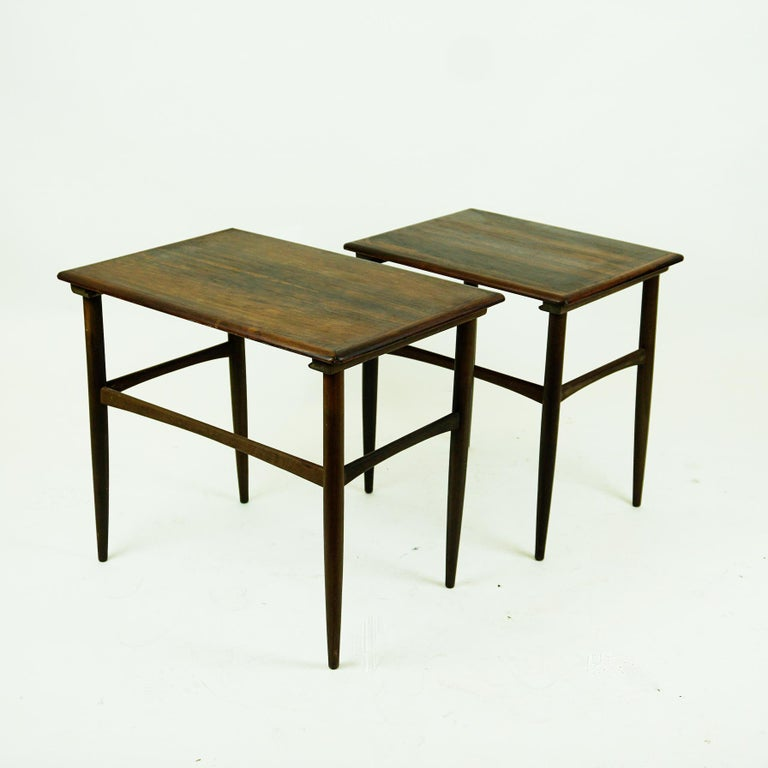 Set of Two Scandinavian Modern Rosewood Nesting Tables by Poul Hundevad For Sale 1