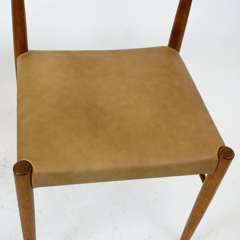 Set of Two Scandinavian Modern Teak Dining Chairs by H. W. Klein for Bramin For Sale 2
