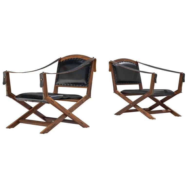 Set of Two Scandinavian Safari X-Chairs in Black Leather  For Sale